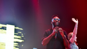 Tinie Tempah – Not Letting Go (1Xtra Live 2015)