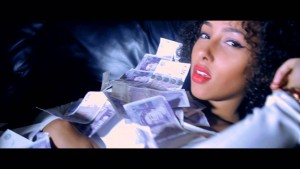 UPtown Flaves – Money [Music Video] @Uptownflaves