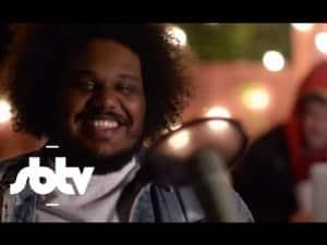 """Michael Christmas   """"Grab Her Hand"""" [Backyard Sessions]: SBTV"""