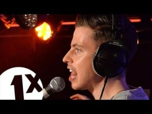 Nick Brewer covers One Mic by Nas in the 1Xtra Live Lounge