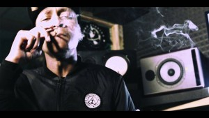 M Dargg – Snakes in the grass #TheMixTape [Studio Video] @MDargg @UncleFumez | Link Up TV