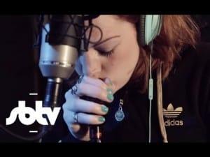 Grace Savage | UK Garage Medley [Beatboxing]: SBTV