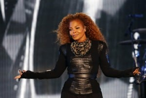 Janet Jackson PREGNANT with her first child at age 49