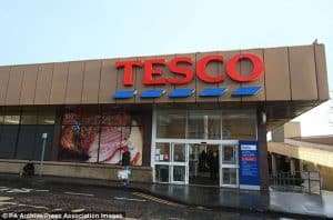 Teenager VS Tesco | @JoshKnight98
