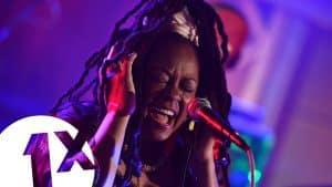 Soul II Soul – Keep On Movin' (1Xtra Live Lounge)