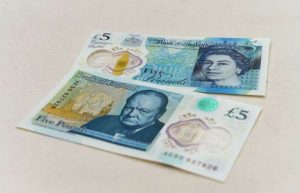 New Plastic £5 note sells for £50,00 On Ebay