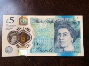 Can You Blend Up The New Five Pound Note? [Science 4 Da Mandem] Grime Report Tv