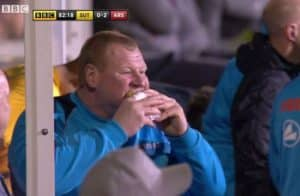 Wayne Shaw agrees to resign at Sutton United over pie-eating controversy