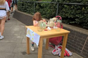 Five-year-old girl fined £150 by council for running lemonade stand
