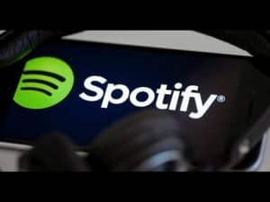 Spotify Hip-hop streams are up 74% from last year   @MalikkkG
