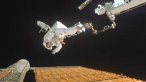 10 Most Dangerous Space Missions