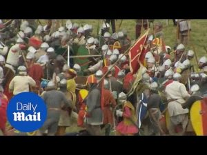 Battle of Hastings 950th anniversary marked with re-enactment – Daily Mail