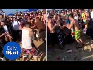 Bros brawl on the beach during Spring Break on South Padre Island – Daily Mail