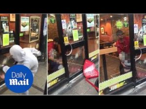 Children smash door of Subway to 'free friend who's inside' – Daily Mail