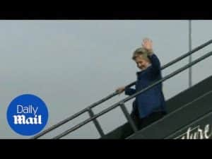 Clinton arrives at airport shortly after FBI announced email – Daily Mail