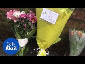 Fans leave tributes outside the late comedian Sir Ken Dodd's home – Daily Mail