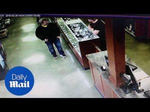 Gun shop owner talks about Kalamazoo shooter Jason Dalton – Daily Mail