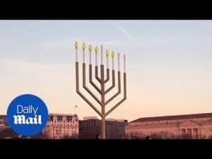 National Hanukkah Menorah ceremony held in Washington D.C. – Daily Mail