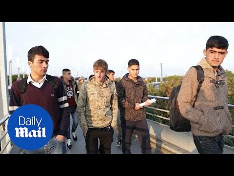 Six child migrants leave Calais and board train to London – Daily Mail