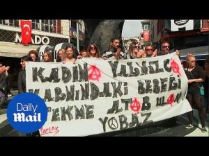 Women's rights activists at shorts protest in Turkey – Daily Mail