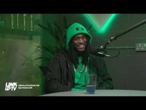 Cashh tells story behind his iconic Behind Barz freestyle & performs 'Pounds & Dollars' | The Hub